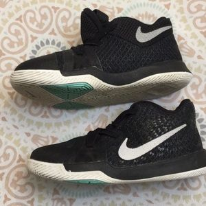 00330e6f3778 ... coupon code for nike shoes nike shoes azurie elizabeth kyrie 3 nike  bf593 a678b